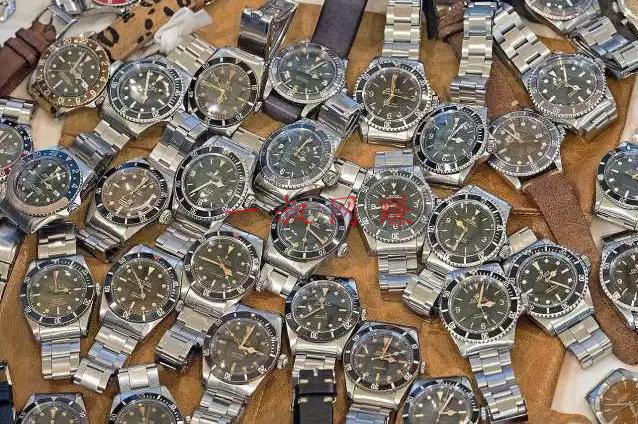 赚钱 _2019 年依然暴利的手表赚钱项目:利用信息差赚钱,月入 10W!插图